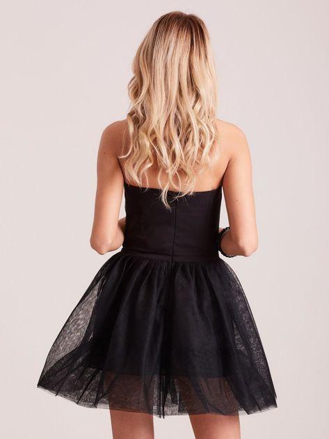 Czarna rozkloszowana sukienka gorsetowa                               zdj.                              2