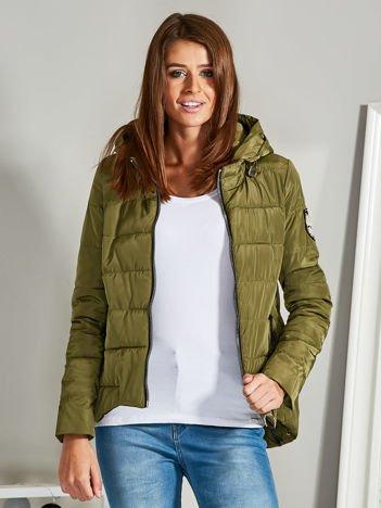 Asymetryczna kurtka zimowa z kapturem khaki