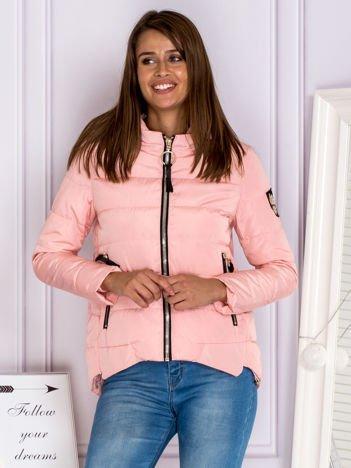 Asymetryczna kurtka zimowa z kapturem różowa