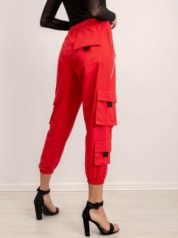 BSL Czerwone luźne spodnie