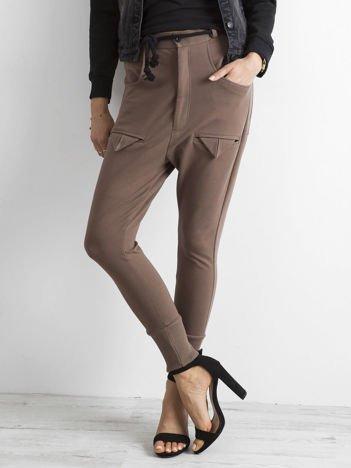 BY O LA LA Brązowe spodnie dresowe z kieszeniami