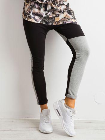 BY O LA LA Czarno-szare spodnie z nadrukiem