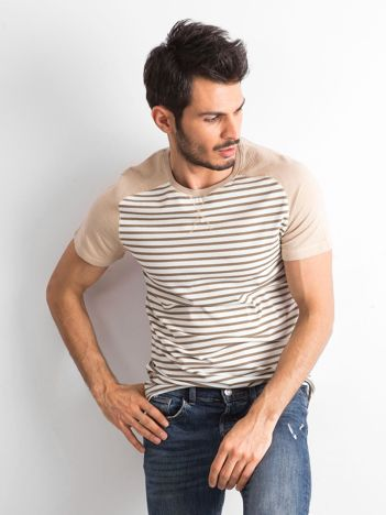 Beżowa koszulka męska w paski