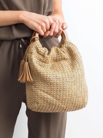 Beżowa mała torebka pleciona do ręki