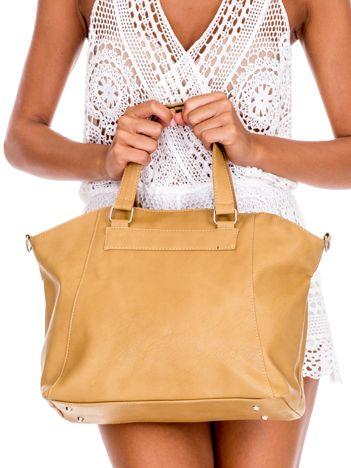 Beżowa miękka torba shopperka