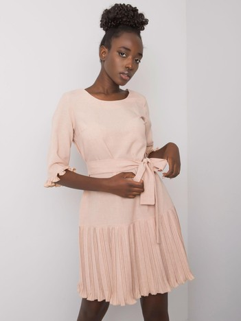 Beżowa sukienka z plisowaniami Cosette