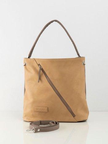 Beżowa torba z asymetryczną kieszenią