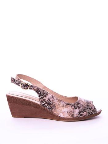 Beżowe sandały SERGIO LEONE w mieniący wzór na koturnach