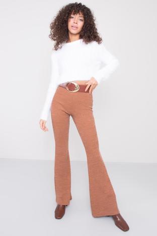 Beżowe spodnie flare BSL
