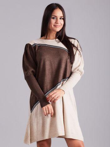 Beżowo-brązowa luźna sukienka z dzianiny