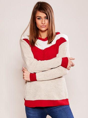 Beżowo-czerwony sweter w bloki kolorów