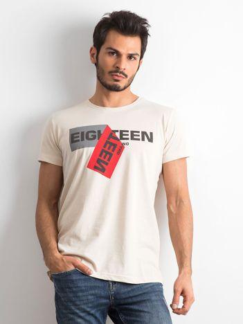 Beżowy bawełniany t-shirt męski z nadrukiem
