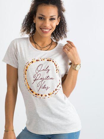 Beżowy bawełniany t-shirt z nadrukiem