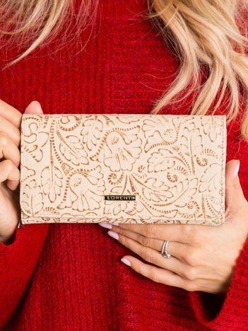Beżowy duży portfel we wzory