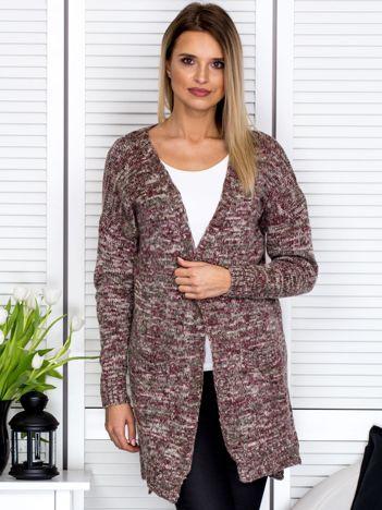 Beżowy sweter melange z kieszeniami