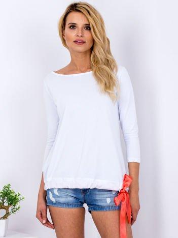 Biała bluzka z koronkową wstawką z tyłu