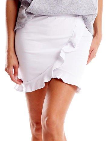 Biała spódnica z falbaną
