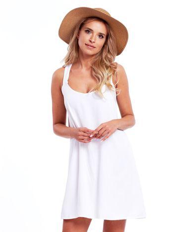 Biała sukienka z plecionymi ramiączkami