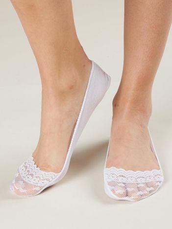 Białe bawełniane stopki