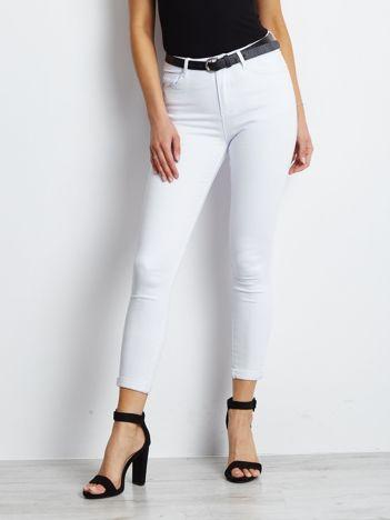 Białe jeansy Snowflake