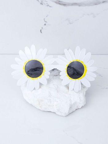 Białe okulary stokrotki
