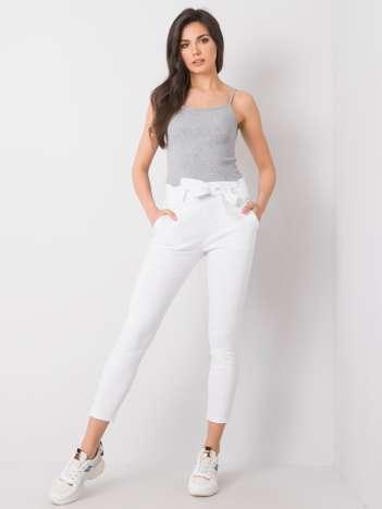 Białe spodnie Adelita