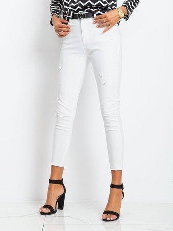 Białe spodnie Alice