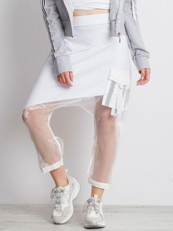 Białe spodnie Distance