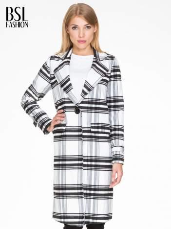 Biało-czarny wełniany płaszcz w kratę zapinany na jeden guzik
