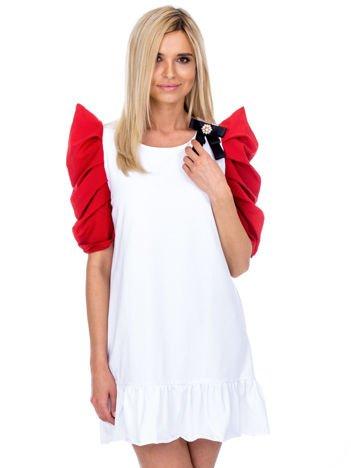 Biało-czerwony strój wróżki