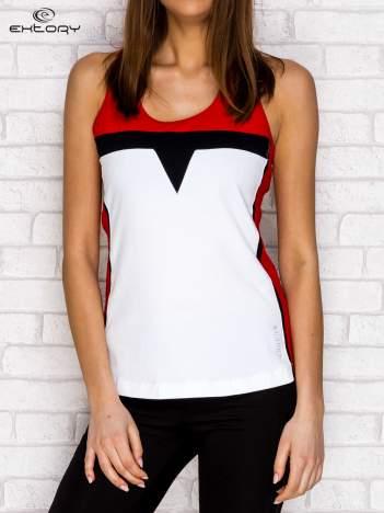 Biało-czerwony top z siatkowymi wstawkami