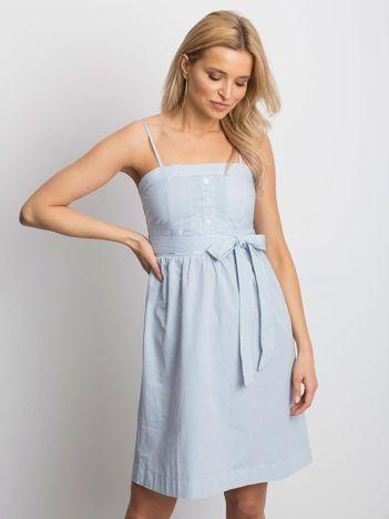 Biało-niebieska sukienka Stately