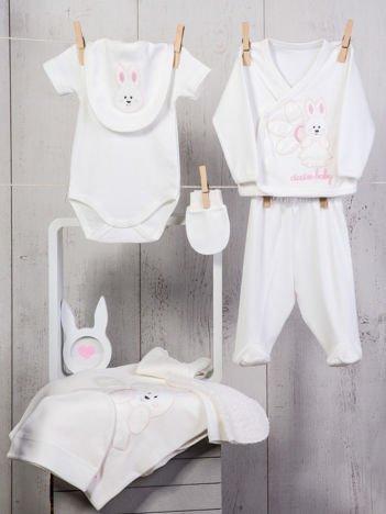 Biało-różowy dziewczęcy 10-elemenentowy 100% bawełniany zestaw startowy dla noworodka z zajączkiem
