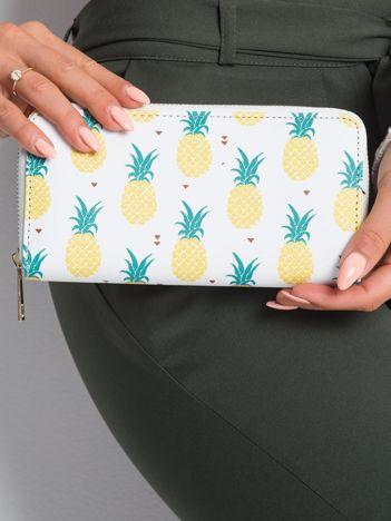 Biały portfel w ananasy