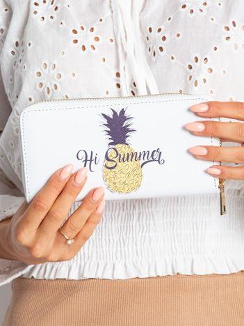 Biały portfel z ananasem