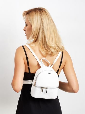 Biały skórzany plecak damski