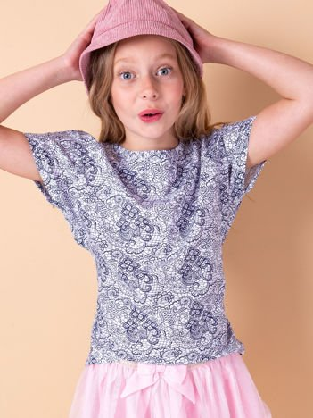 Biały t-shirt dla dziewczynki z kwiatowym nadrukiem