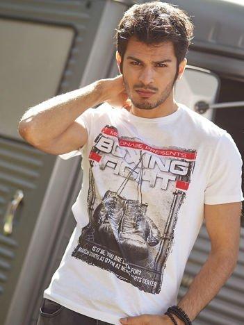 Biały t-shirt męski z bokserskim nadrukiem