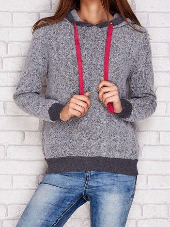 Bluza z kapturem i kontrastowymi troczkami szara