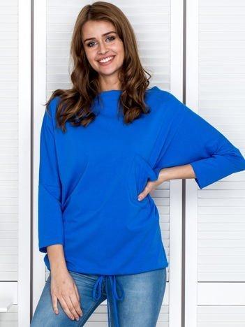 Bluzka damska oversize z kieszenią niebieska