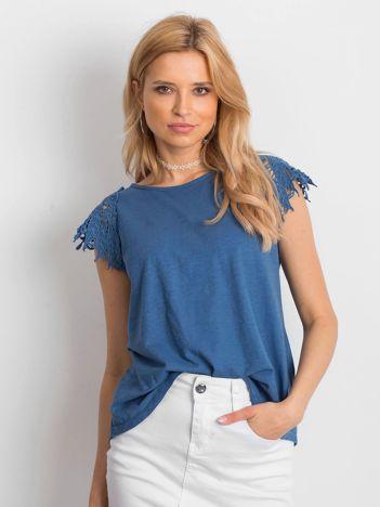 Bluzka niebieska z koronkowymi rękawami