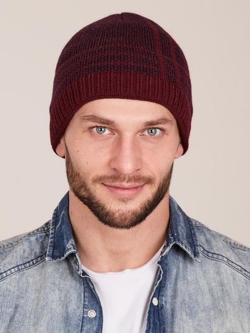Bordowa czapka męska we wzory