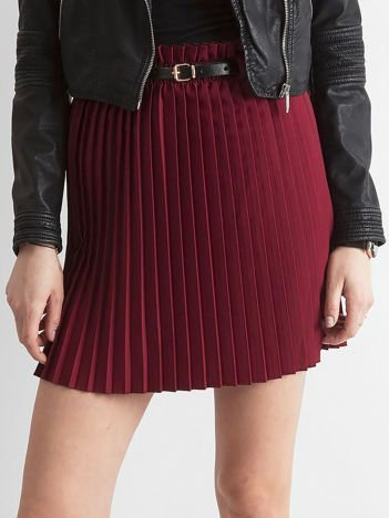 Bordowa plisowana spódnica z paskiem