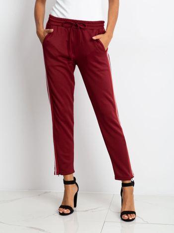 Bordowe spodnie Ruffle