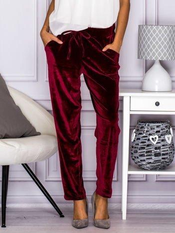 Bordowe welurowe spodnie z troczkami