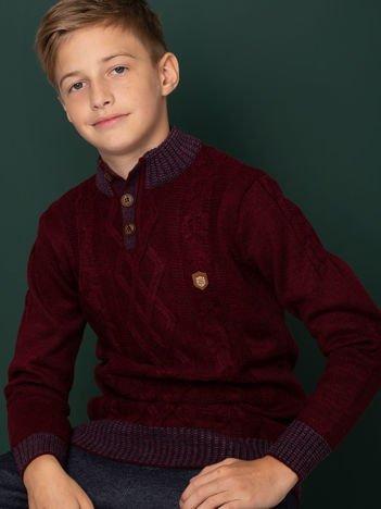 Bordowy sweter dla chłopca z motywem plecionki
