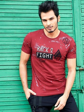 Bordowy t-shirt męski z wypukłym nadrukiem i napisami