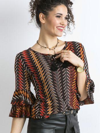 Brązowa bluzka we wzory z falbanami