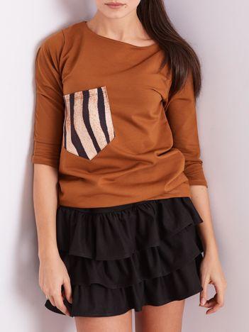 Brązowa damska bluzka z kieszonką