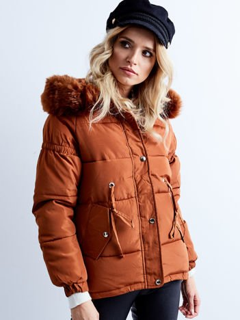 Brązowa kurtka zimowa pikowana